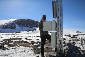 I omlag 200 år har studentar og forskarar kome til Jotunheimen. Klimapark 2469 samarbeider med forskarar og formidlar resultata til våre besøkande.