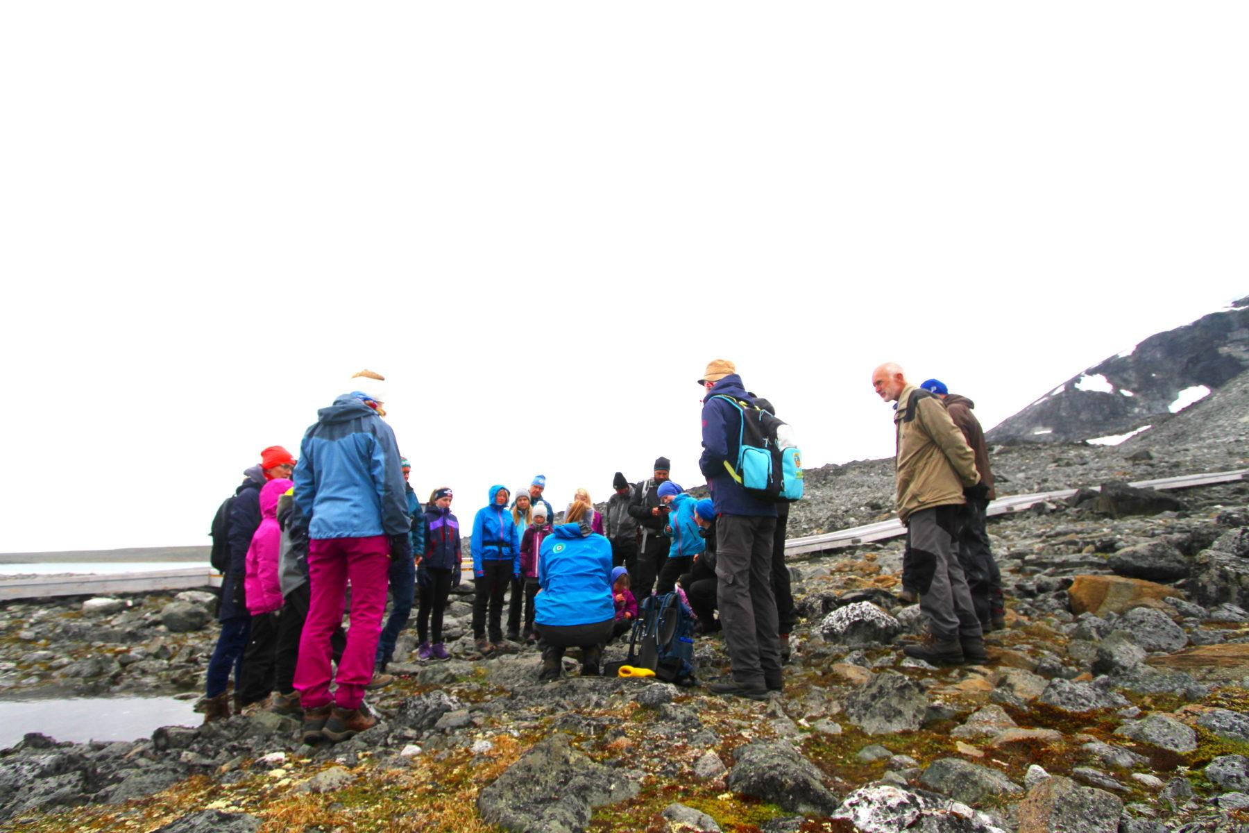 Guided tour of Klimapark 2469 and the ice tunnel near Galdhøpiggen